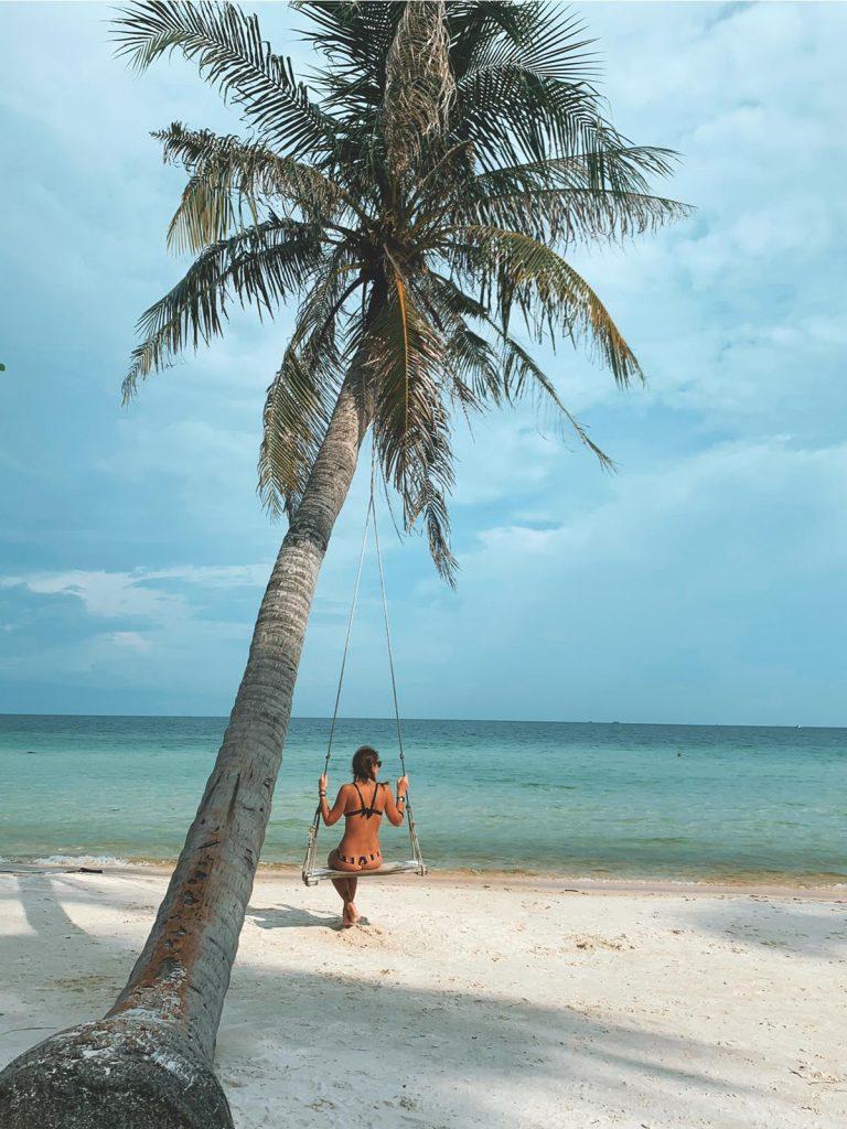 Sull'altalena di Bao Sao Beach, Phu Quoc, Vietnam, Bao Sao beach, Phu Quoc